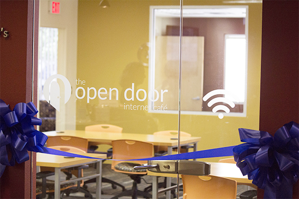 Open Door Welcome : Welcome to your open door internet café gaar