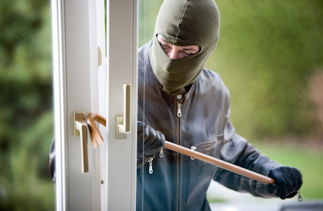 9 Ways to Keep Your Home Safe While Away for the Holidays