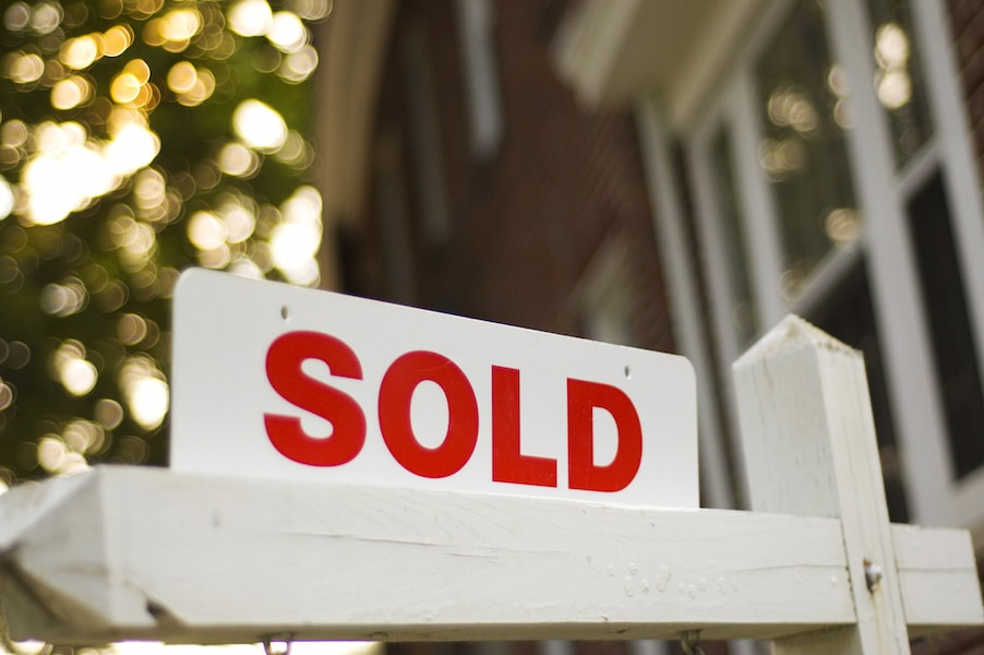 Albuquerque's median home price tops $300K for 1st time